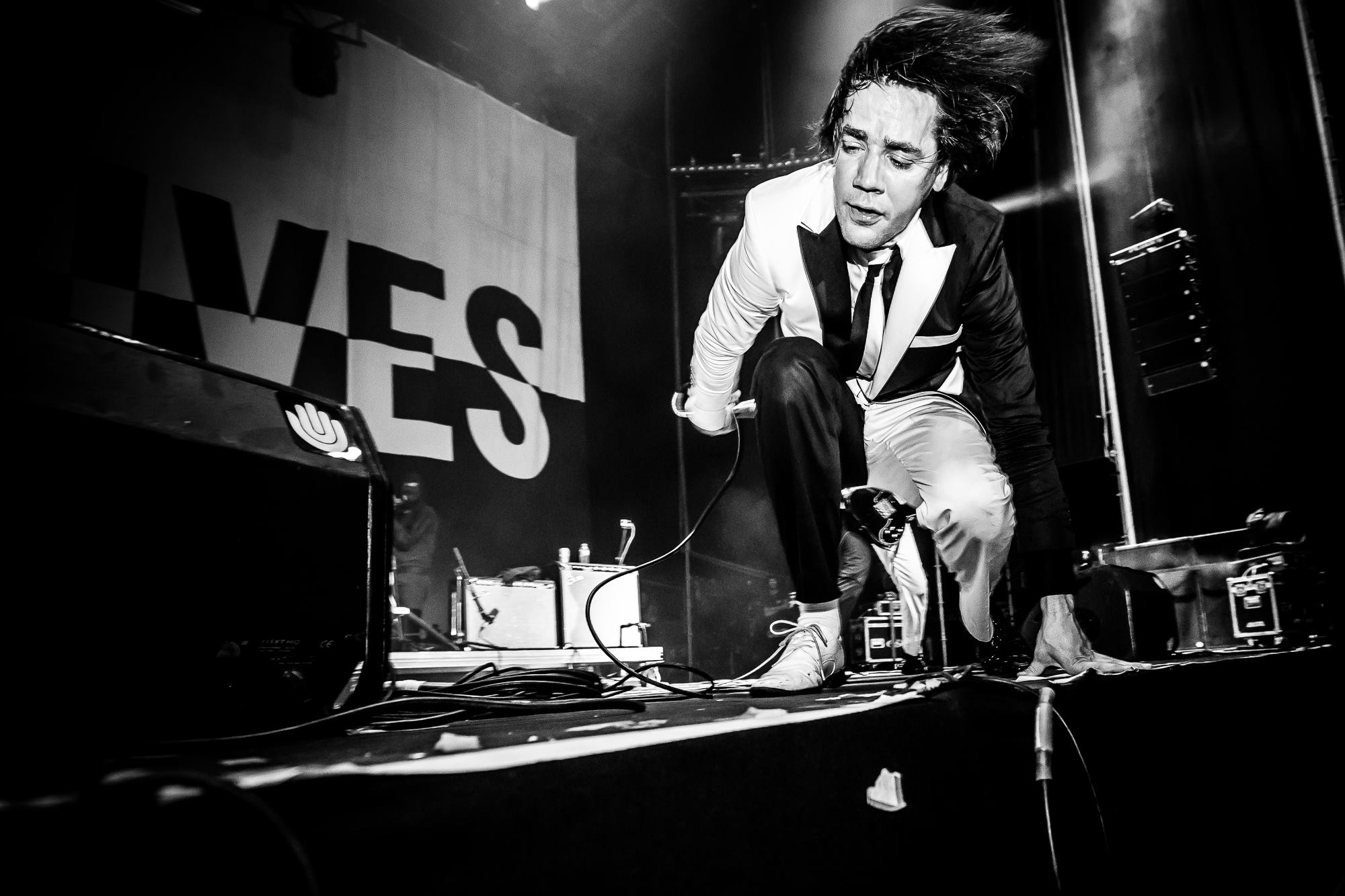 the-hives-low-festival